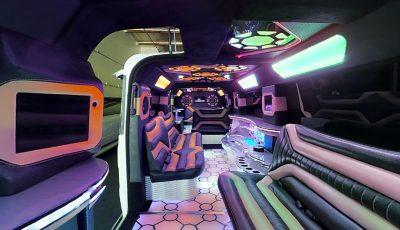 Mercedes G-Wagon Limousine 3D Model